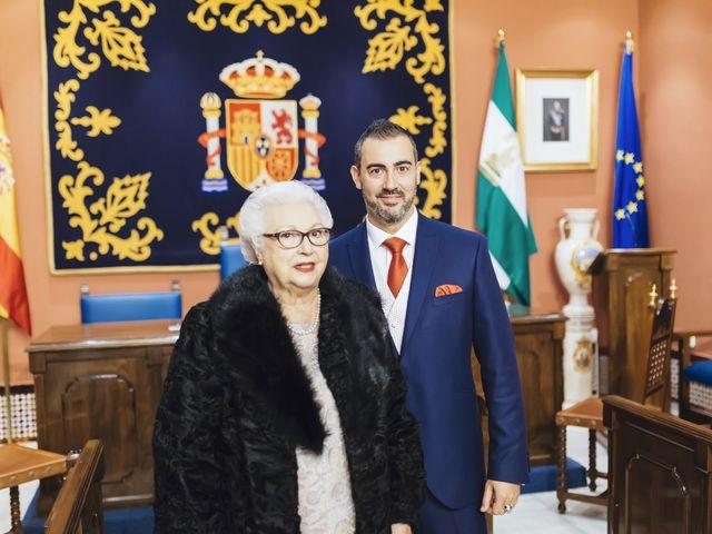 La boda de Fernando y Encarnación en Alcala De Guadaira, Sevilla 26