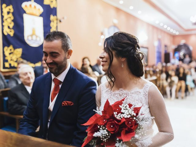 La boda de Fernando y Encarnación en Alcala De Guadaira, Sevilla 30
