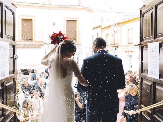 La boda de Fernando y Encarnación en Alcala De Guadaira, Sevilla 42