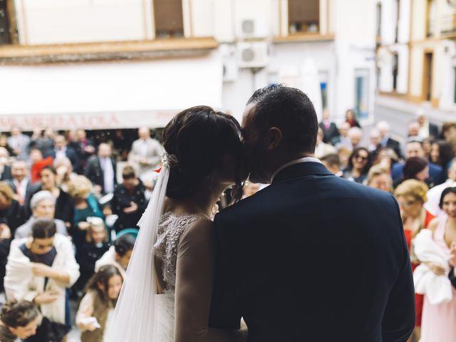 La boda de Fernando y Encarnación en Alcala De Guadaira, Sevilla 43