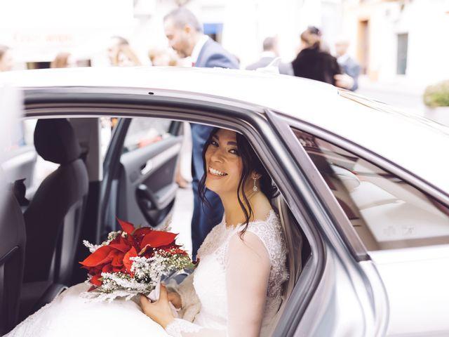 La boda de Fernando y Encarnación en Alcala De Guadaira, Sevilla 44