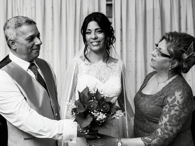 La boda de Fernando y Encarnación en Alcala De Guadaira, Sevilla 76