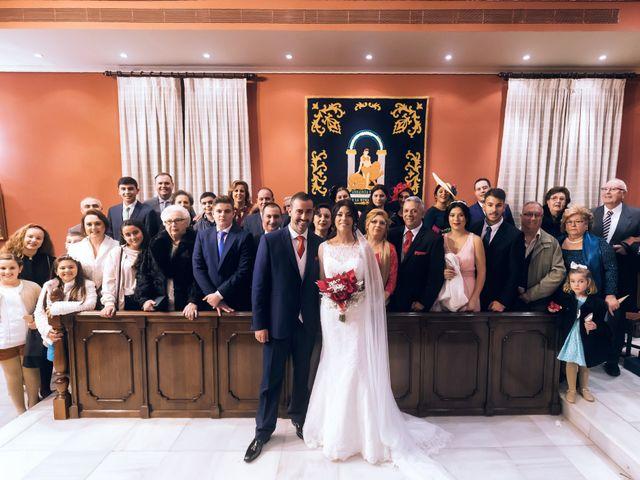 La boda de Fernando y Encarnación en Alcala De Guadaira, Sevilla 83