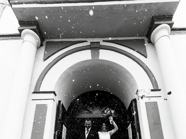 La boda de Fernando y Encarnación en Alcala De Guadaira, Sevilla 87
