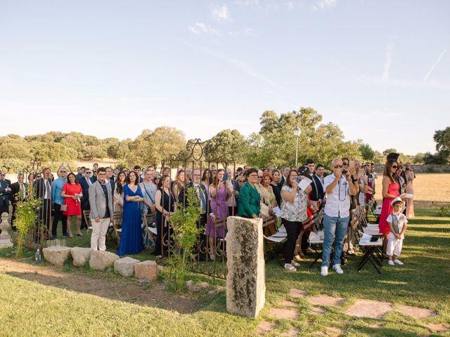 La boda de Jean-Philippe y Mª Rosario en Navalagamella, Madrid 15