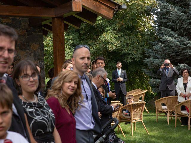 La boda de Aleix y Laia en Puigcerda, Girona 10