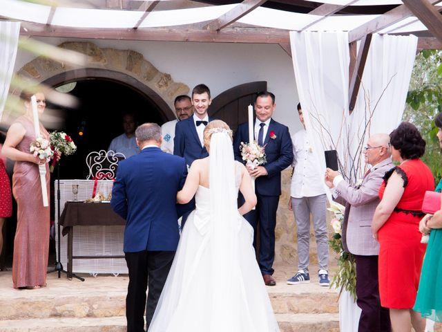 La boda de Mihai y Cristina en Valdetorres De Jarama, Madrid 22