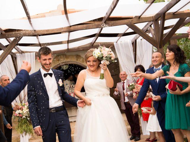 La boda de Mihai y Cristina en Valdetorres De Jarama, Madrid 27