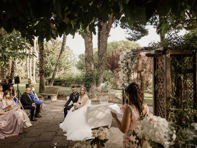 La boda de Iván y Laura en Sant Vicenç De Montalt, Barcelona 25