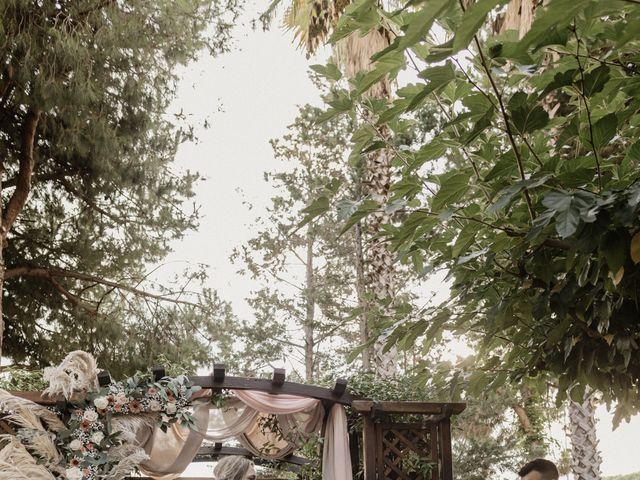La boda de Iván y Laura en Sant Vicenç De Montalt, Barcelona 28