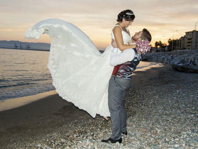 La boda de Juan y Noemí en Alhaurin De La Torre, Málaga 32