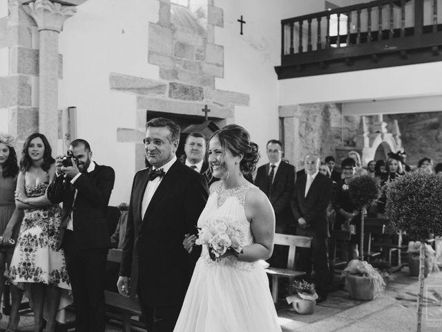 La boda de Carlos y Paula en Laxe, A Coruña 11