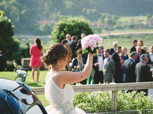 La boda de Carlos y Paula en Laxe, A Coruña 15