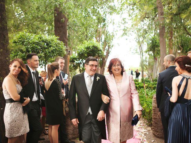 La boda de Raul y Geles en Picanya, Valencia 35