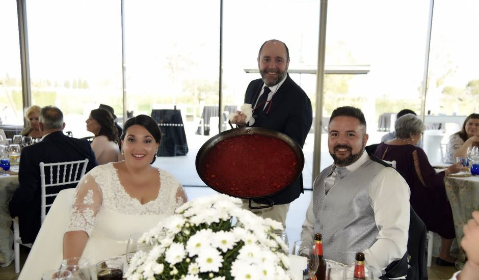 La boda de Kike y MCarmen en Torrent, Valencia