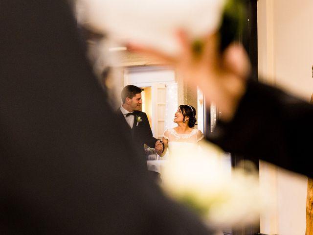 La boda de Kike y Min en Vigo, Pontevedra 44