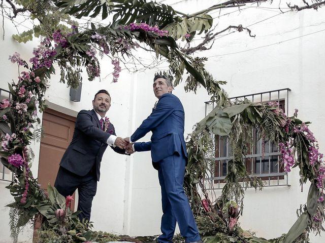 La boda de Manuel y Josep Bernat en Algemesí, Valencia 16