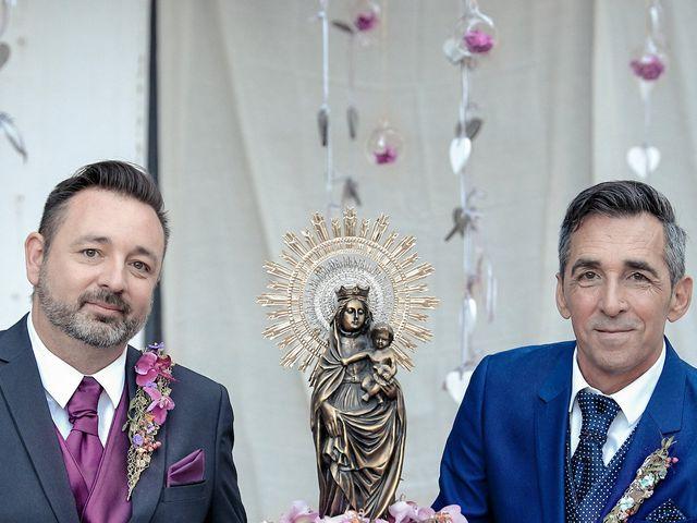La boda de Manuel y Josep Bernat en Algemesí, Valencia 18