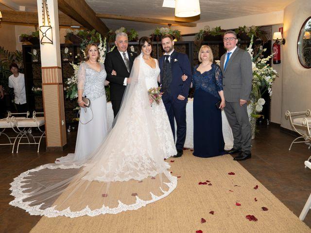 La boda de Maite y Miguel en Miraflores De La Sierra, Madrid 34