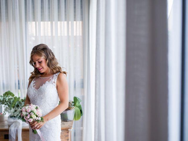 La boda de Javier y Sara en Madrid, Madrid 13