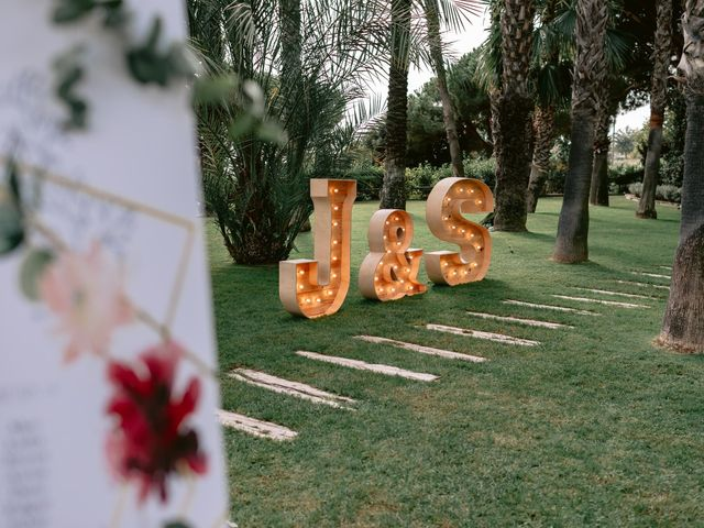 La boda de Jesús y Samara en Sant Vicenç De Montalt, Barcelona 40