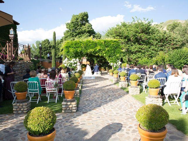 La boda de Sergio y Sandra en Torremocha Del Jarama, Madrid 18