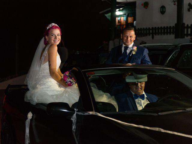 La boda de Oliver y Laura en La Orotava, Santa Cruz de Tenerife 23