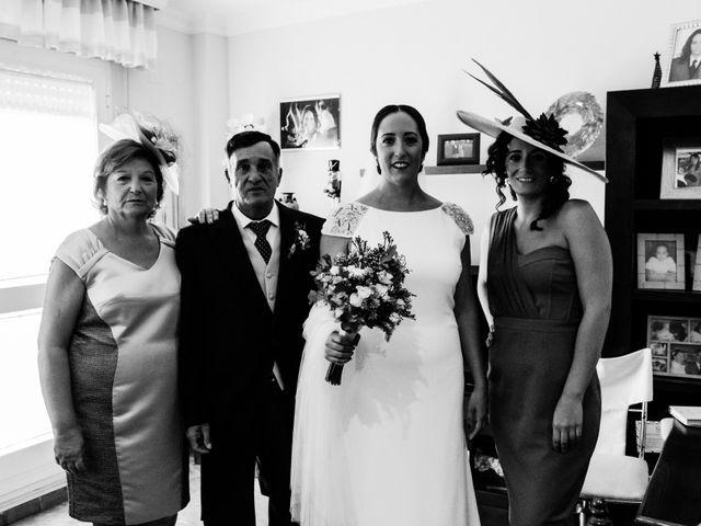 La boda de Isacc y Laura en Chiclana De La Frontera, Cádiz 17