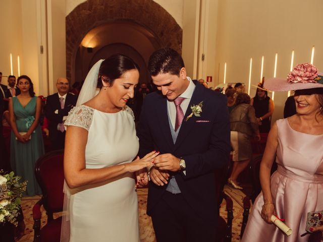 La boda de Isacc y Laura en Chiclana De La Frontera, Cádiz 30