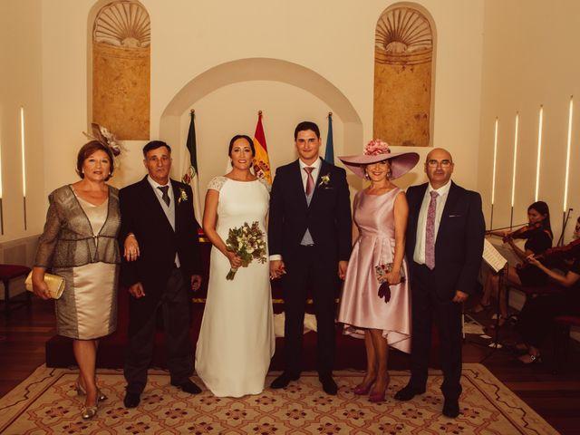 La boda de Isacc y Laura en Chiclana De La Frontera, Cádiz 32