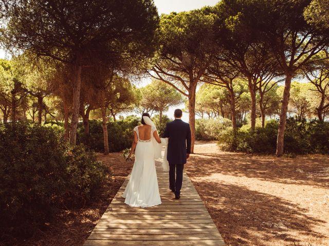 La boda de Isacc y Laura en Chiclana De La Frontera, Cádiz 36