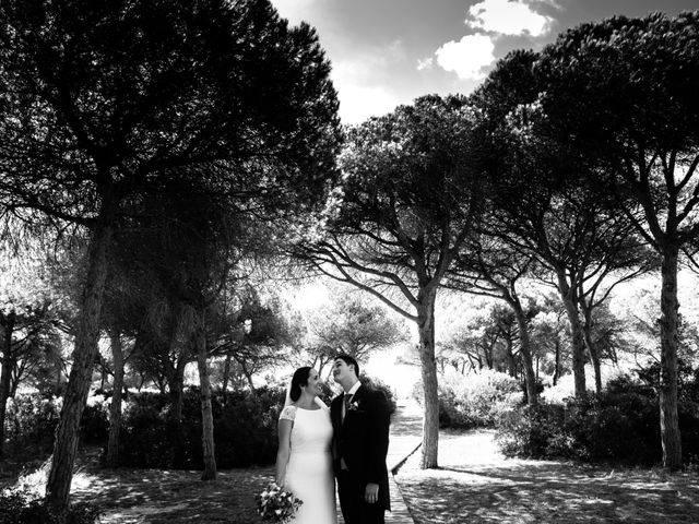 La boda de Isacc y Laura en Chiclana De La Frontera, Cádiz 37