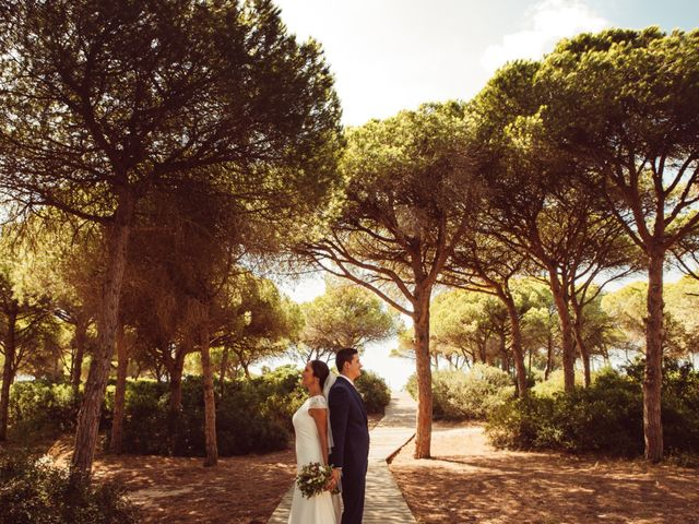 La boda de Isacc y Laura en Chiclana De La Frontera, Cádiz 38