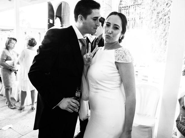 La boda de Isacc y Laura en Chiclana De La Frontera, Cádiz 63