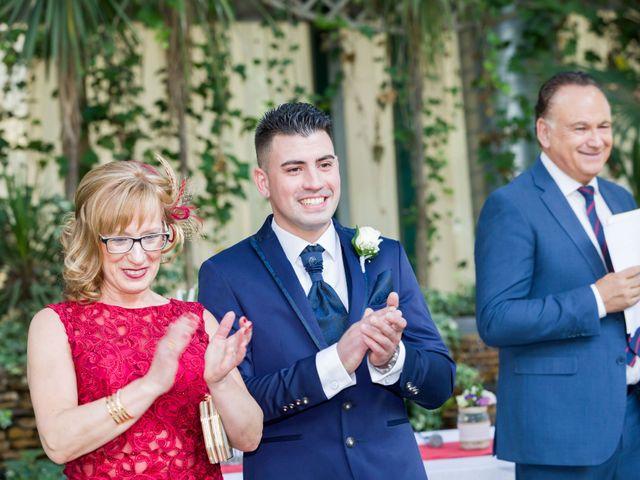 La boda de Adrian y Joana en Madrid, Madrid 35