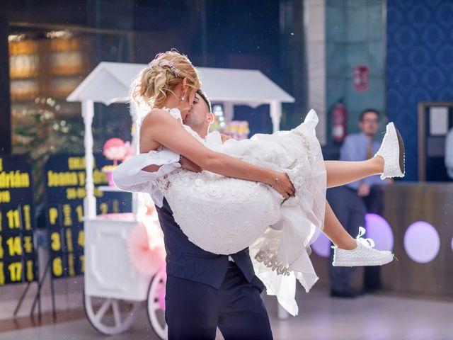 La boda de Adrian y Joana en Madrid, Madrid 79