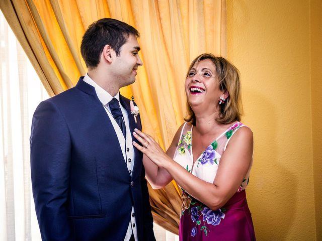 La boda de Javier y Yolanda en Alacant/alicante, Alicante 5
