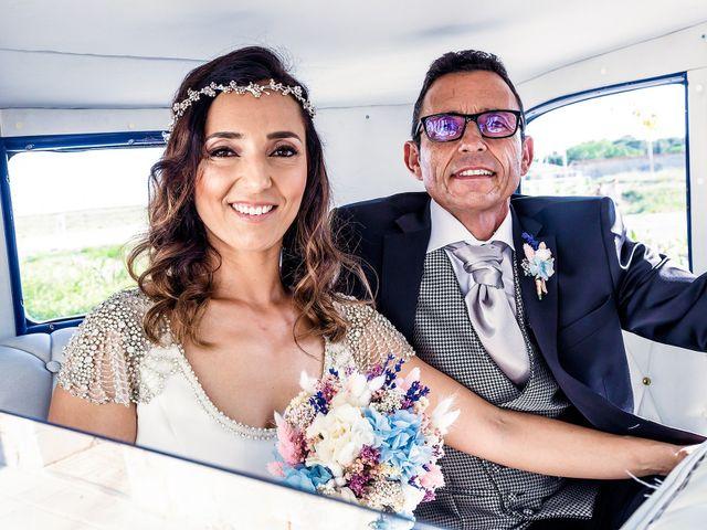La boda de Javier y Yolanda en Alacant/alicante, Alicante 28