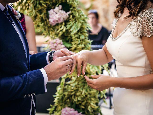 La boda de Javier y Yolanda en Alacant/alicante, Alicante 35