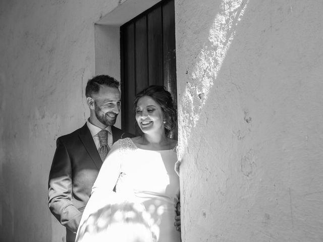 La boda de Rafa y Lorena en Bollullos De La Mitacion, Sevilla 25