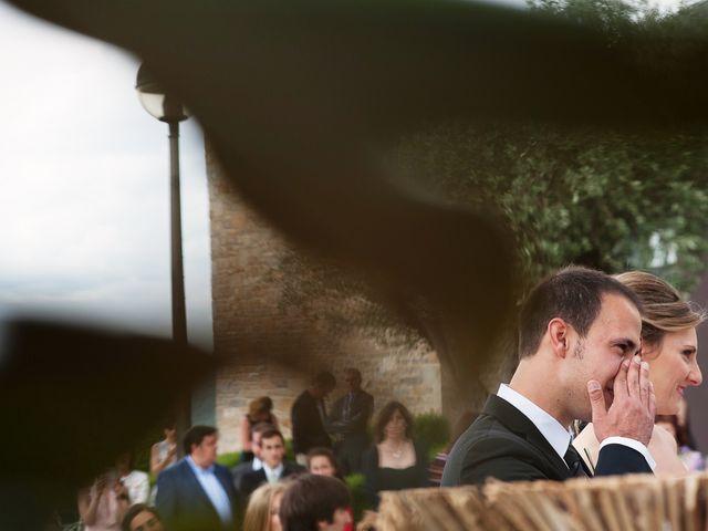 La boda de Javi y Angela en Gorraiz, Navarra 16