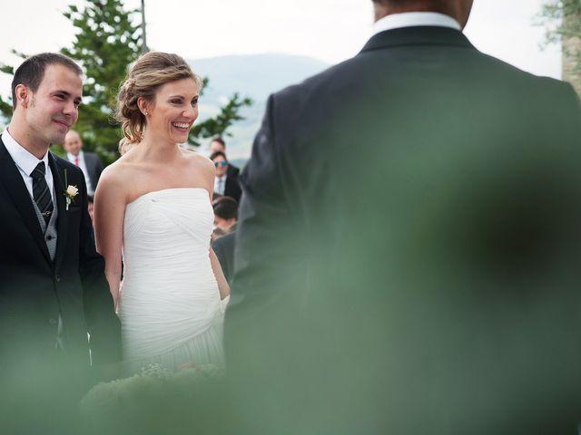 La boda de Javi y Angela en Gorraiz, Navarra 17