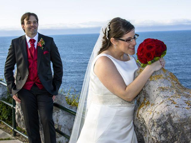 La boda de Jesús y Marta en Santander, Cantabria 1
