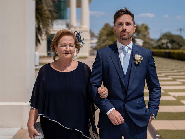 La boda de Leticia y Javier en Valencia, Valencia 55