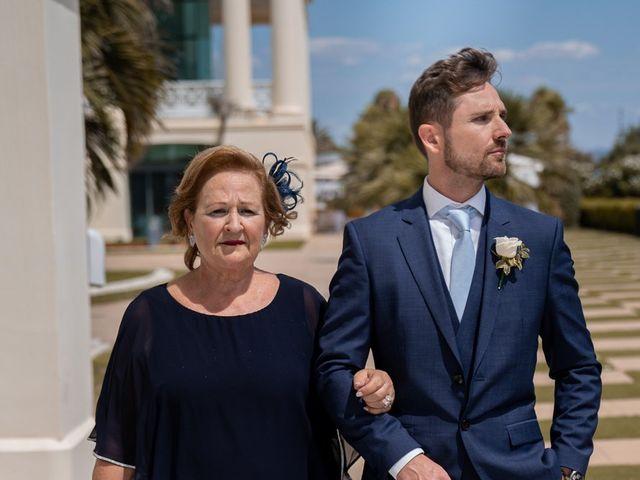 La boda de Leticia y Javier en Valencia, Valencia 56