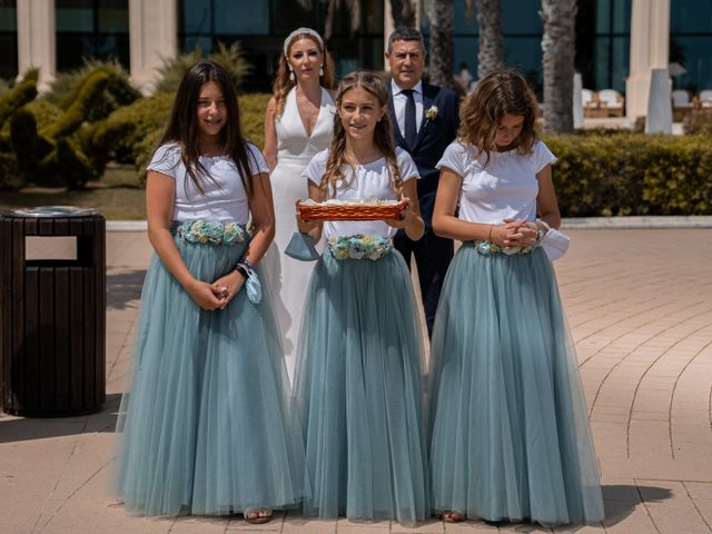La boda de Leticia y Javier en Valencia, Valencia 57