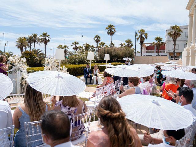 La boda de Leticia y Javier en Valencia, Valencia 68