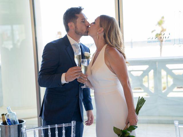 La boda de Leticia y Javier en Valencia, Valencia 120