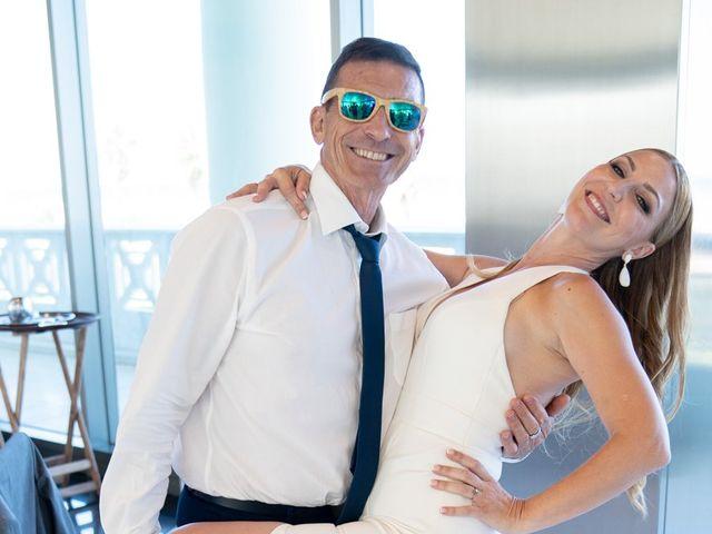 La boda de Leticia y Javier en Valencia, Valencia 127