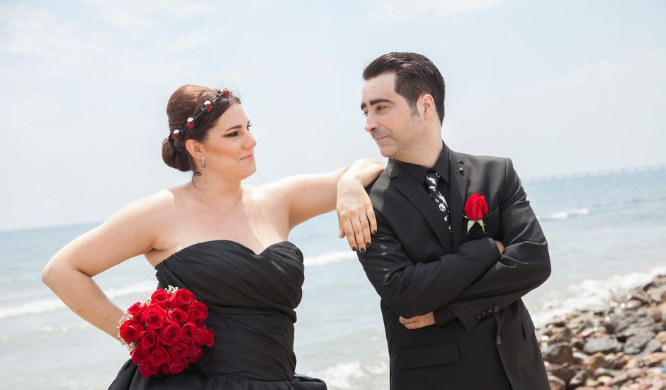 La boda de Juanan y Berta en Canet D'en Berenguer, Valencia